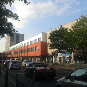 The Arndale Centre is the main shopping area in Headingley. The Premier Inn is a recent addition useful to Otley Runners, opening in 2018.