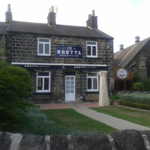 Brett's is another of Headingley's well-known restaurants, serving award-winning fish and chips.