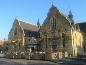 The Headingley Taps opened in 1994. The building was previously a water pumping station dating back to the 1870s, and is now a listed building.