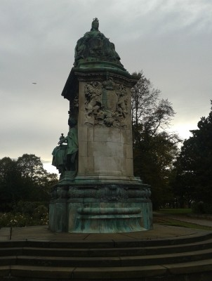 George Frampton's impressive statue of Queen Victoria, at the southeast corner of Woodhouse Moor near the Library pub, originally stood outside Leeds Town Hall, before being moved to its present location in 1937.