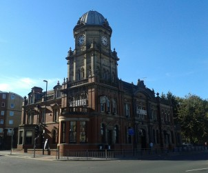The building that houses The Library pub has previously served as government offices, a police and fire station, as well as a library. It became a pub in 1994 when it opened as the Feast & Firkin, and has been The Library since 2000.